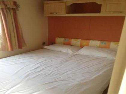 Cosalt Resorts 26 x 10 2 bed Dvojitá okna, pozinkovaný podvozek