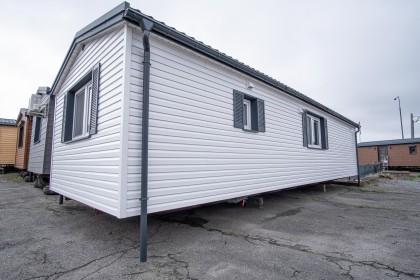 Lavaro House B Nr.129 - siding white, linea
