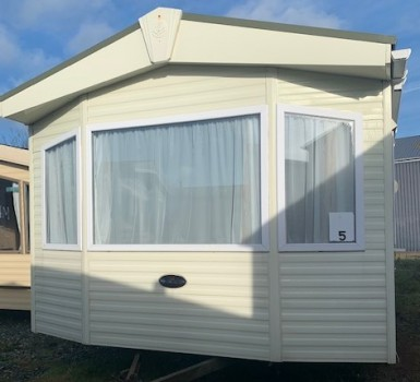 2010 Pemberton Sovereign 37x12 2 bed